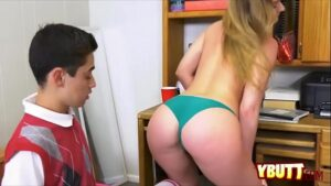 Image Porno novinha do bumbum maravilhoso fodendo com seu primo
