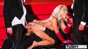 Image Videosxxx loira safada fazendo orgia com garçons bem dotados